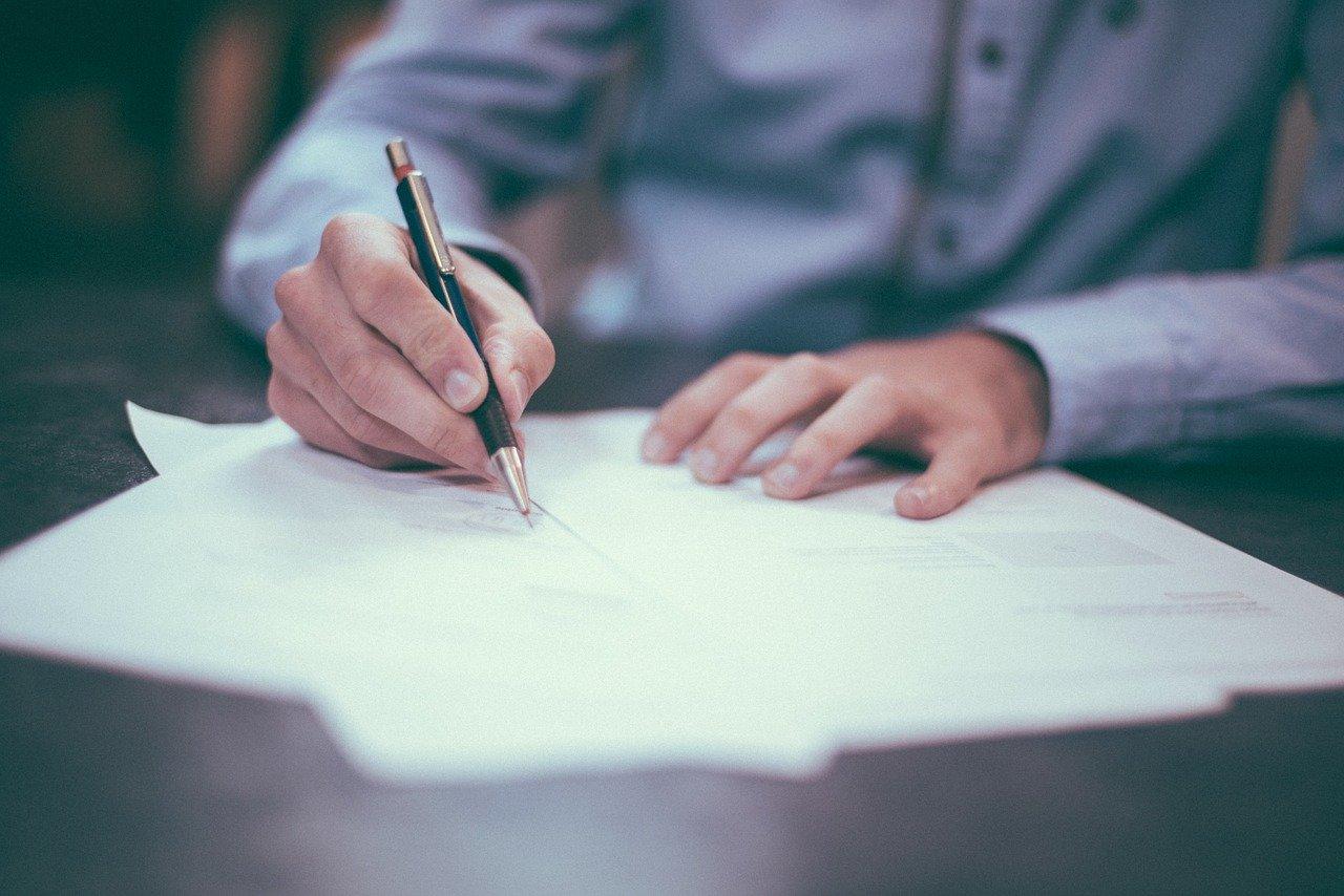 Qu'est-ce qu'une clause contractuelle type et pourquoi les utiliser ?